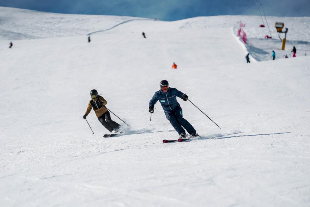 Emil Palm i vores blå SkiSchoolOnline uniform